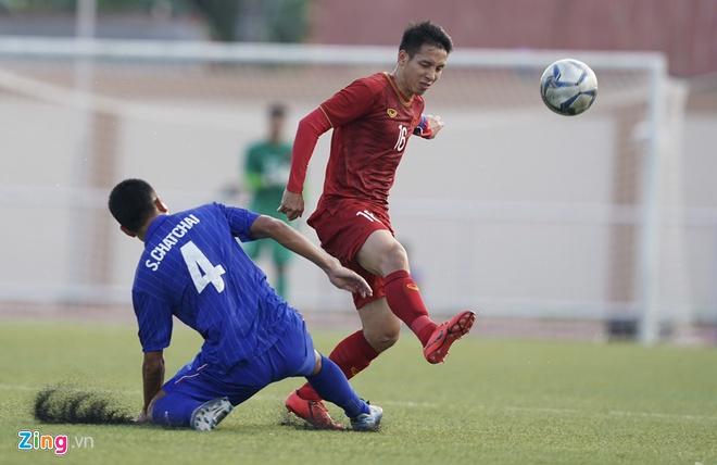 Việt Nam cho Thái Lan thành cựu vương sau trận hòa 2-2, tiến thẳng vào bán kết SEA Games với ngôi đầu bảng-5