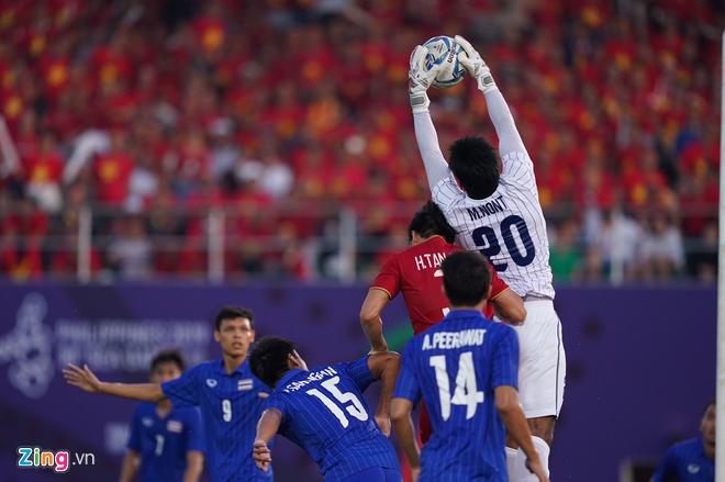Việt Nam cho Thái Lan thành cựu vương sau trận hòa 2-2, tiến thẳng vào bán kết SEA Games với ngôi đầu bảng-3