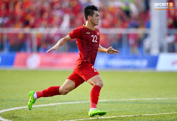 Trợ lý HLV Park Hang-seo bất ngờ phải nhận thẻ vàng trong trận U22 Việt Nam gặp U22 Thái Lan-8