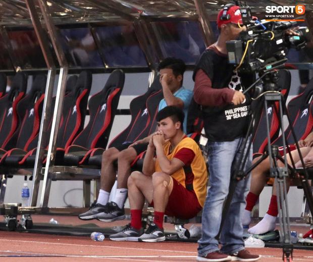 HLV Park Hang-seo báo tin buồn: Quang Hải không đá được bán kết SEA Games 30-1