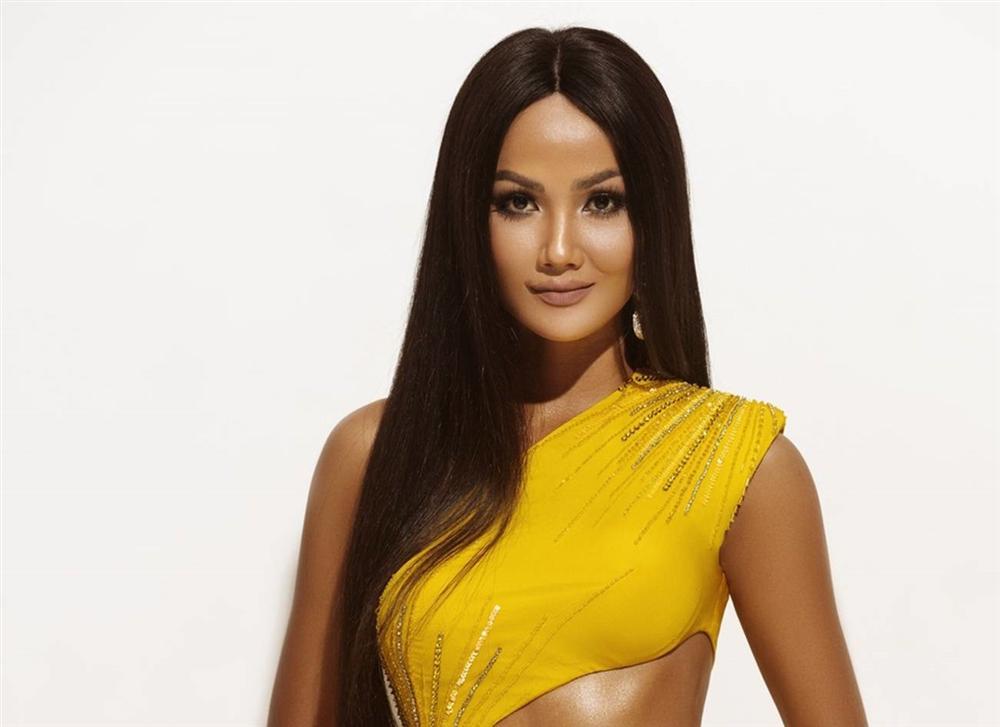 Bộ ảnh khép lại nhiệm kỳ Hoa hậu Hoàn vũ Việt Nam của HHen Niê-10