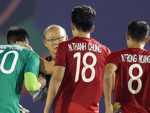 Thầy Park giúp hạ Thái Lan, tội đồ của U22 Việt Nam sẽ đem cúp vàng về đền đáp