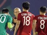 Thủ môn Thái Lan lần đầu lên tiếng về pha đá lại phạt đền trong trận gặp Việt Nam: Trọng tài đã có một quyết định đáng xấu hổ-2