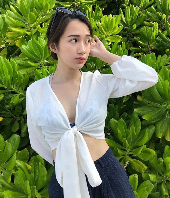 4 cô gái Lào hot ở Việt Nam mặc đồ truyền thống lẫn hiện đại đều thu hút-14