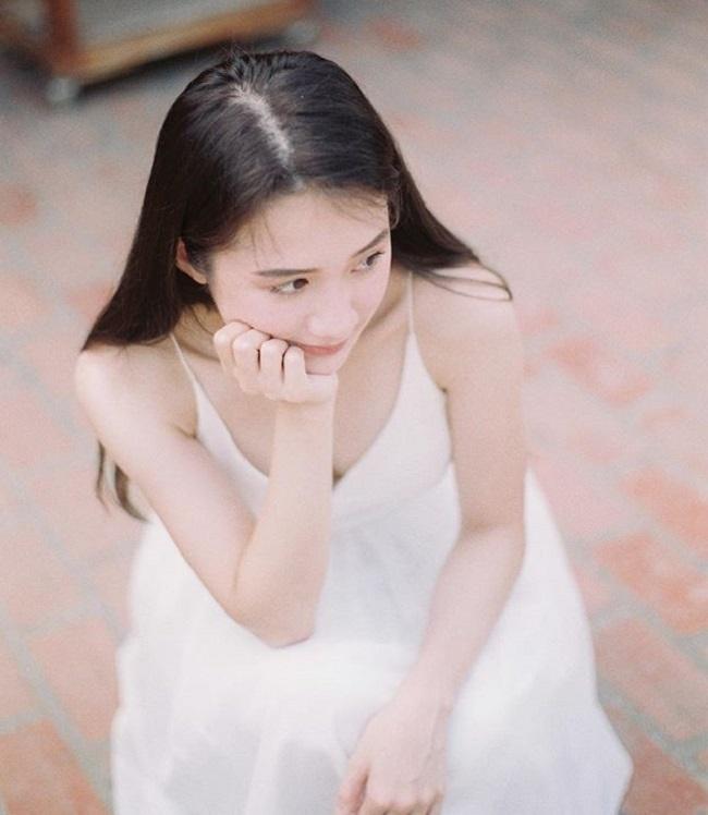 4 cô gái Lào hot ở Việt Nam mặc đồ truyền thống lẫn hiện đại đều thu hút-15
