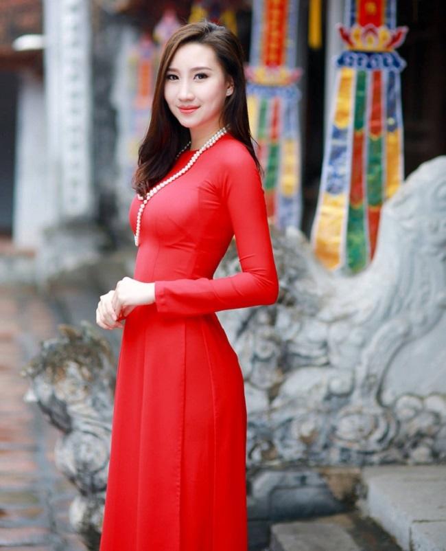 4 cô gái Lào hot ở Việt Nam mặc đồ truyền thống lẫn hiện đại đều thu hút-18