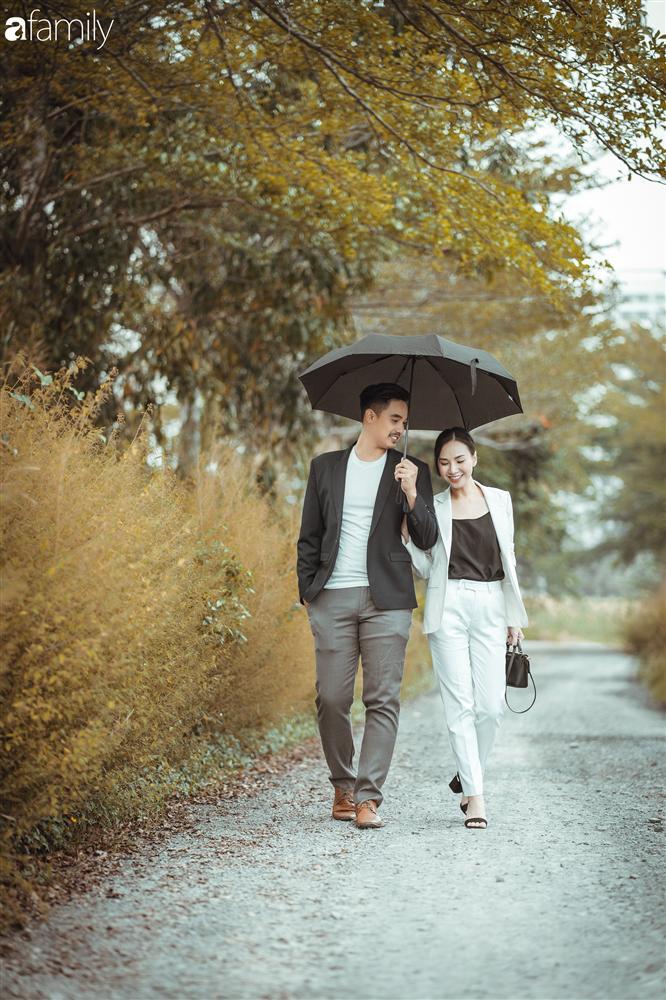 Gia đình Quỳnh Trâm - Baggio khoe bộ ảnh Sài Gòn se lạnh đẹp đến nao lòng, biểu cảm cực đáng yêu của 2 bé sinh đôi khiến ai cũng thích thú-12