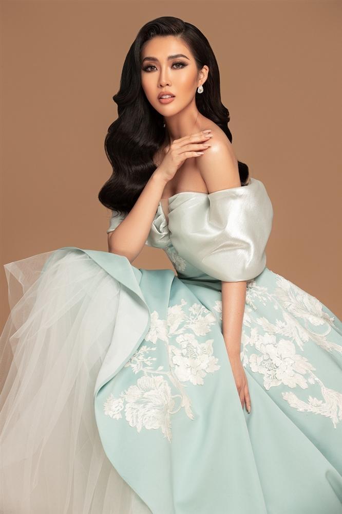 Tường Linh khoe sắc vóc trước thềm chung kết Hoa hậu Hoàn vũ 2019-1
