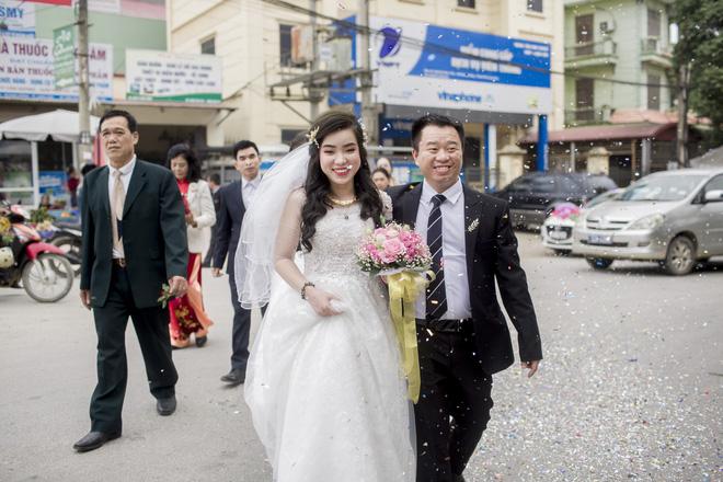 Chăm đi spa, thanh niên 30 tuổi lấy được vợ theo cách không thể hài hơn trong 4 tháng-4