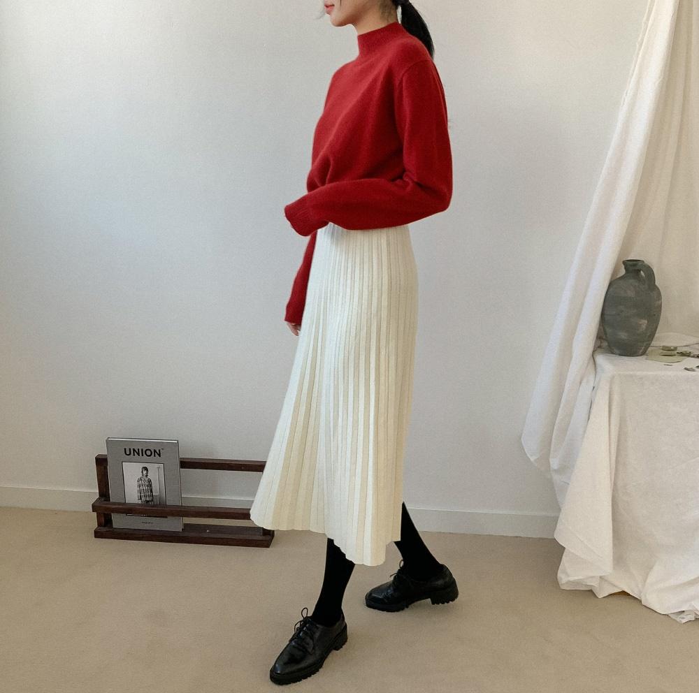 """Rất khó để chị em ngó lơ"""" 4 công thức diện áo len + chân váy xinh xắn quá mức quy định này-5"""