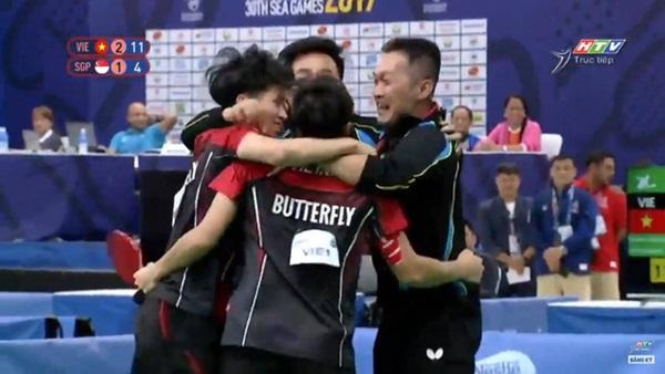 Bóng bàn Việt Nam lật đổ Singapore, giành HCV SEA Games sau 10 năm chờ đợi-5