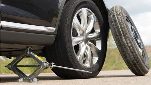Lý do lốp dự phòng ô tô chỉ nên sử dụng trong thời gian ngắn-1