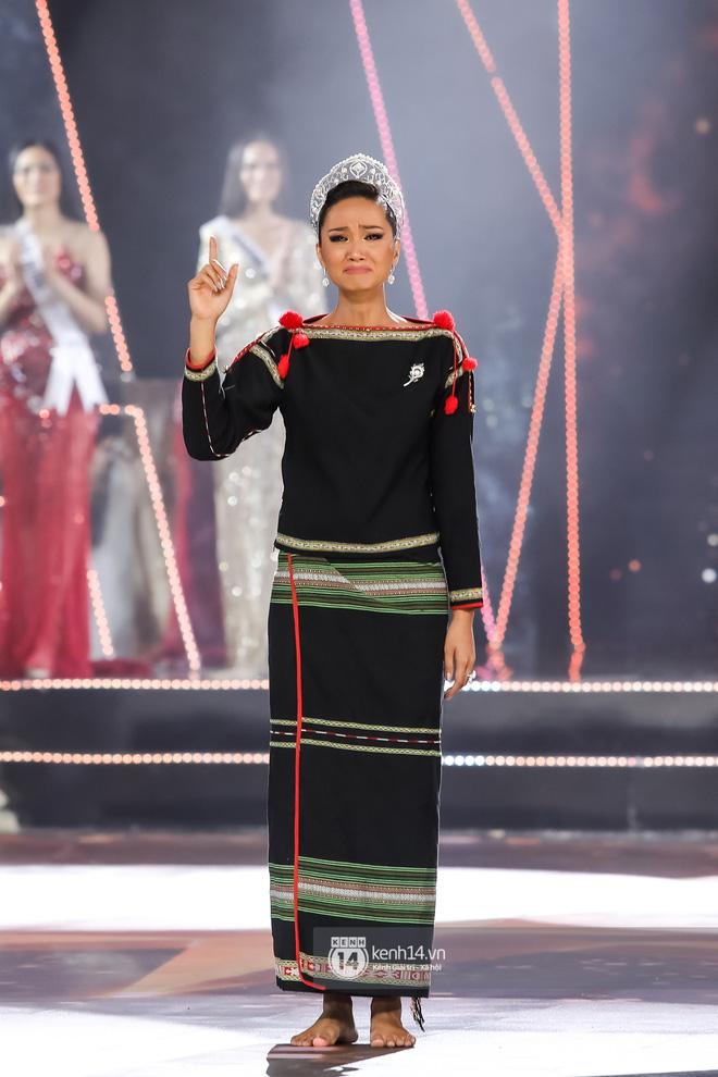 Chính thức: Nguyễn Trần Khánh Vân là Tân Hoa hậu Hoàn vũ Việt Nam 2019-8