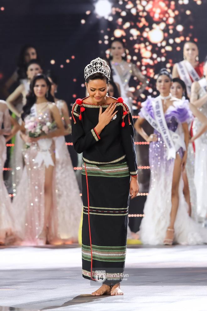 Chính thức: Nguyễn Trần Khánh Vân là Tân Hoa hậu Hoàn vũ Việt Nam 2019-7