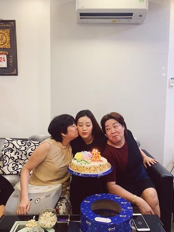 Tiết lộ nhan sắc đời thường và ảnh quá khứ hiếm hoi của Tân Hoa hậu Hoàn vũ Việt Nam Khánh Vân-7