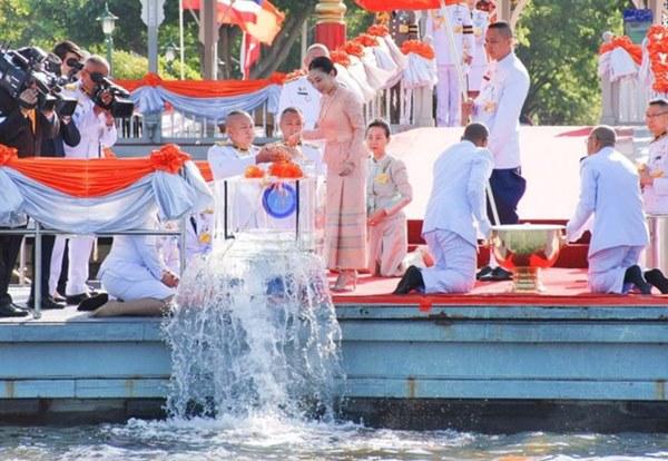 Hai nàng công chúa khác nhau một trời một vực của Hoàng gia Thái Lan: Người dịu dàng chuẩn mực, người nổi loạn cá tính-1