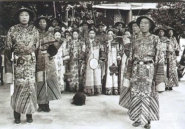 Thái giám can chính trong lịch sử phong kiến Trung Quốc: Từ mưu đồ thao túng triều đình đến hành động khuấy đảo vận mệnh của một quốc gia-5