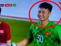 Hình ảnh Văn Toản cản phá penalty thành công được chia sẻ