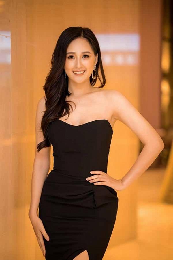 Hoa hậu Mai Phương Thuý thay hai đầm dạ hội chặt chém trong cùng một sự kiện-3