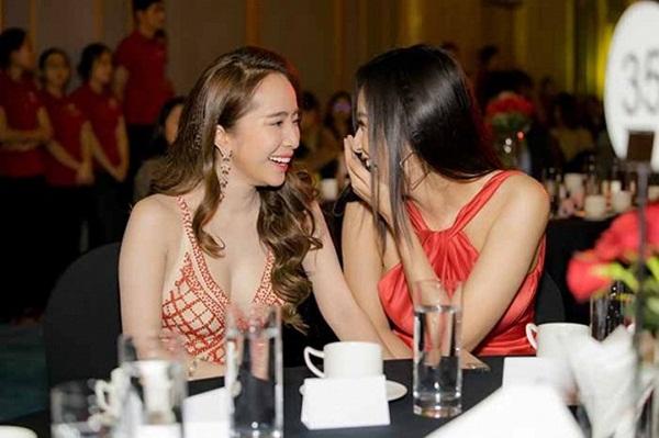 Hoa hậu Mai Phương Thuý thay hai đầm dạ hội chặt chém trong cùng một sự kiện-11