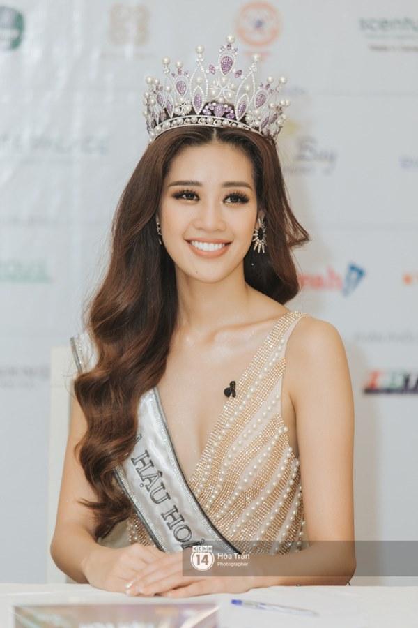 Trấn Thành bật mí sớm dự đoán Khánh Vân là Tân Hoa hậu, Hari Won liền vào cà khịa chuẩn không trượt phát nào!-3