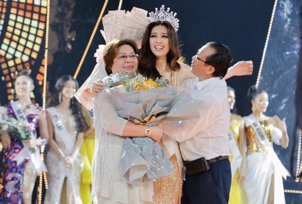 Bị chê ứng xử nhạt, Tân Hoa hậu Hoàn vũ Việt Nam lên tiếng đáp trả-1