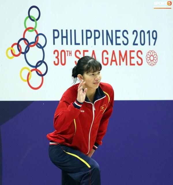 Mặt buồn xo nhận HCV thứ 5 tại SEA Games 2019, Ánh Viên bị nhắc nhở-5