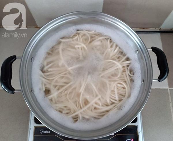 Cuối tuần đổi món với mì hải sản kiểu Nhật ngon nhức nhối không thua nhà hàng-6