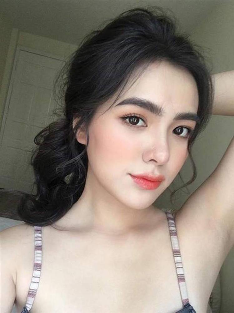 Những bông hồng lai Việt quá xinh và quá gợi cảm đang gây sốt-9