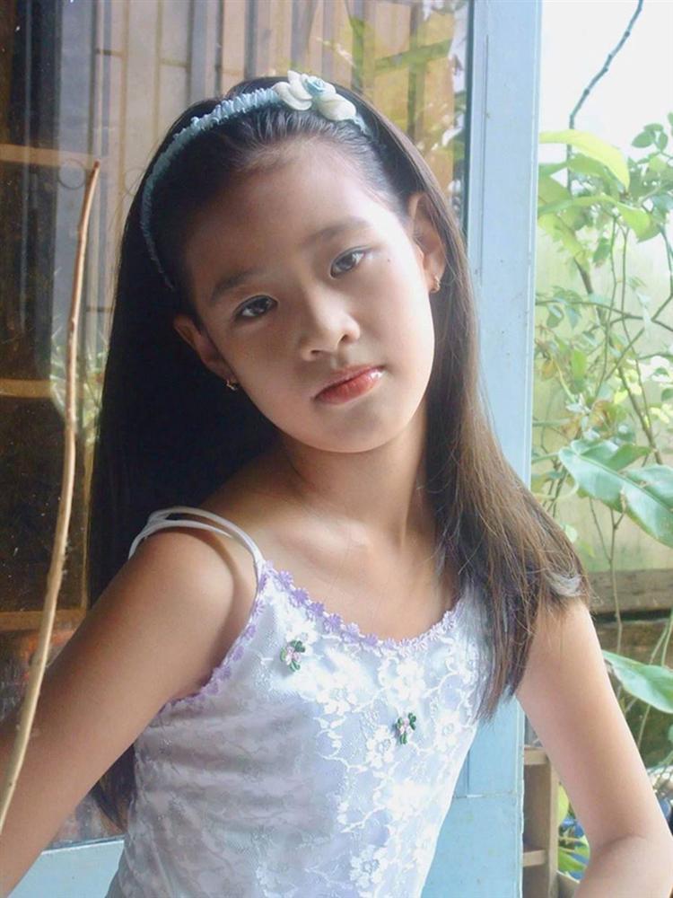 Tân Hoa hậu Khánh Vân đạt đỉnh cao nhan sắc nhờ chỉnh lại một chi tiết rất nhỏ trên khuôn mặt-3