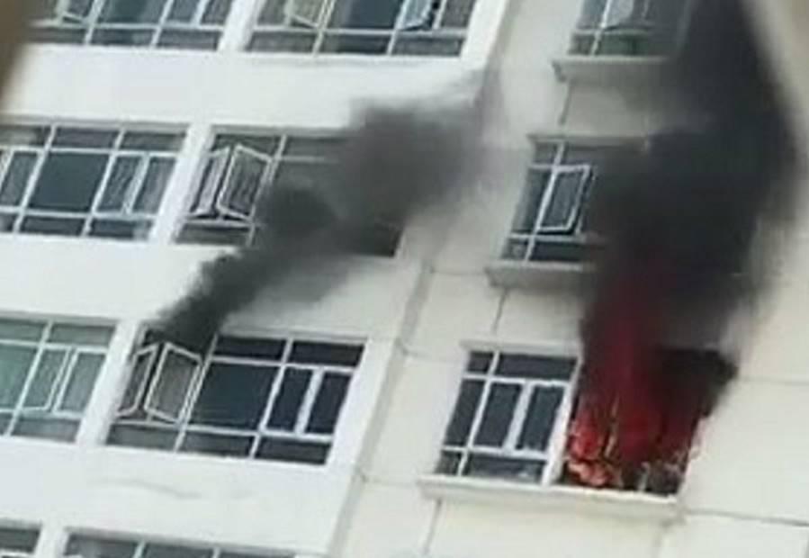 Cháy chung cư Hoàng Anh Golden House, hàng trăm cư dân tháo chạy-1