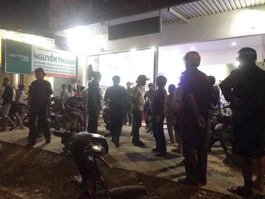 Chủ tiệm điện thoại bất ngờ bị chém nhiều nhát khi đang xem trận U22 Việt Nam - Campuchia-2