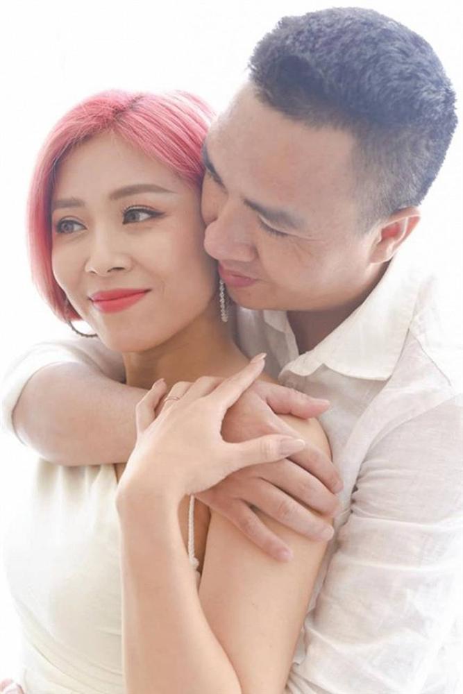 Đông về, ngắm bộ ảnh tình bể bình của MC Nguyễn Hoàng Linh nhiều người phải phát ghen-2