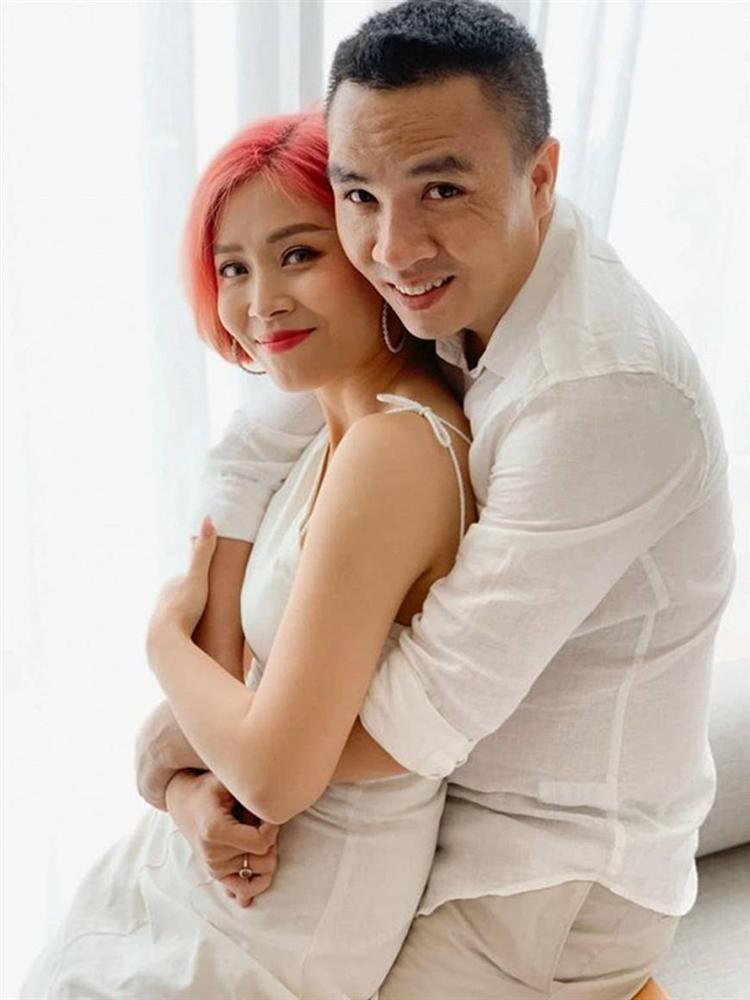 Đông về, ngắm bộ ảnh tình bể bình của MC Nguyễn Hoàng Linh nhiều người phải phát ghen-4