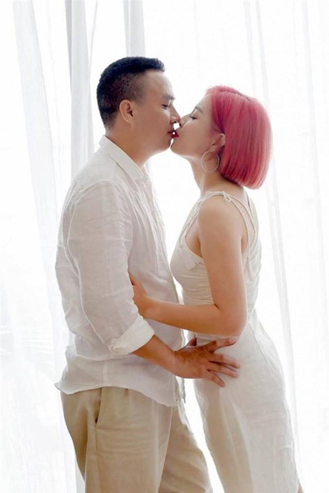 Đông về, ngắm bộ ảnh tình bể bình của MC Nguyễn Hoàng Linh nhiều người phải phát ghen-6