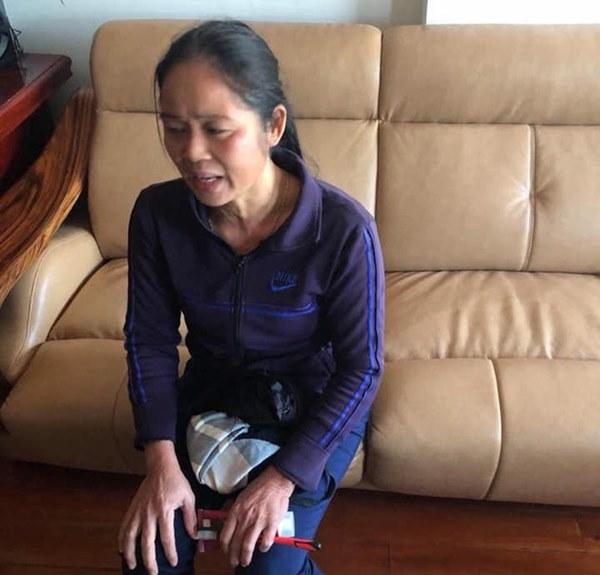 """Lạnh người với lý do người giúp việc cầm chân dốc ngược"""" bé gái 1 tuổi ở Nghệ An-1"""