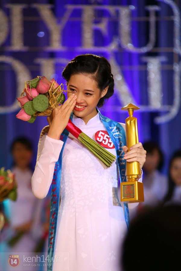 Ảnh hiếm thời còn niềng răng của Khánh Vân hot trở lại chứng minh Tân Hoa hậu dậy thì quá thành công-4