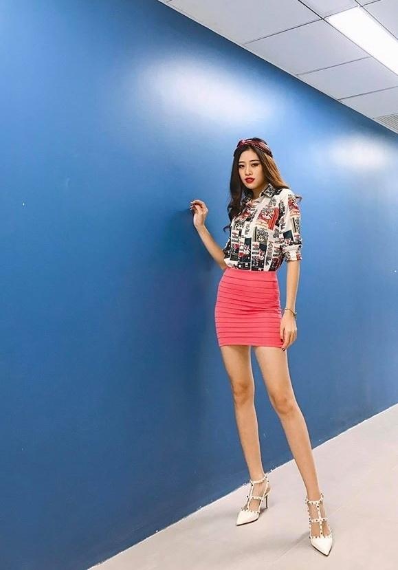 Tân Hoa hậu Hoàn vũ Khánh Vân không ngại đóng vai gợi cảm-11