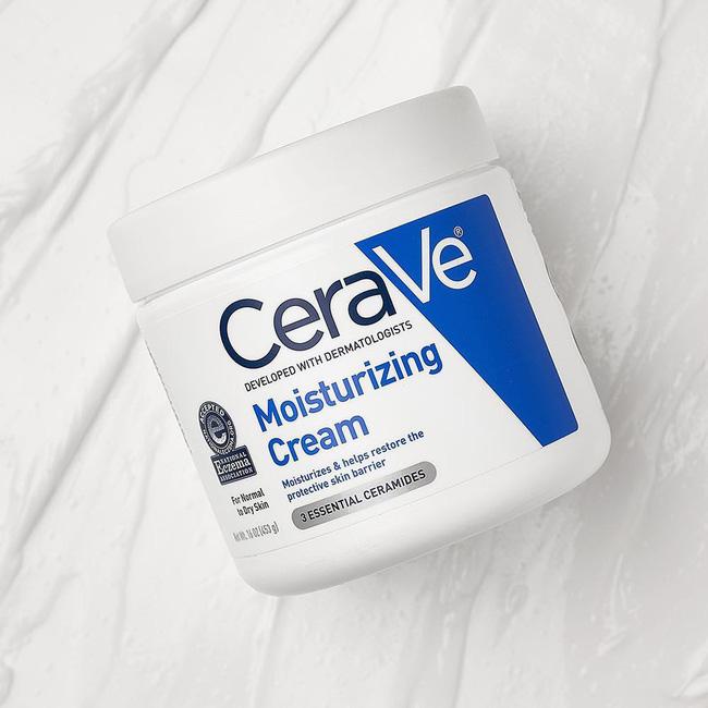 5 loại kem dưỡng ẩm dành cho người lười: Khô đâu bôi đấy và đặc biệt dùng được cả mặt lẫn cơ thể-1