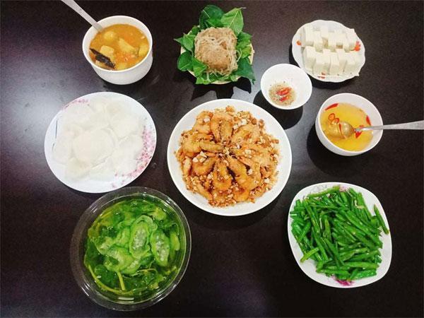 Chỉ 100k, 9X Nam Định gợi ý mâm cơmđuề huề, chồng phải bảo vợ nấu ít thôi-2