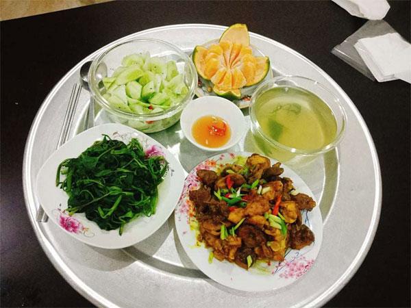 Chỉ 100k, 9X Nam Định gợi ý mâm cơmđuề huề, chồng phải bảo vợ nấu ít thôi-3