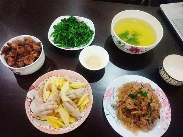 Chỉ 100k, 9X Nam Định gợi ý mâm cơmđuề huề, chồng phải bảo vợ nấu ít thôi-4