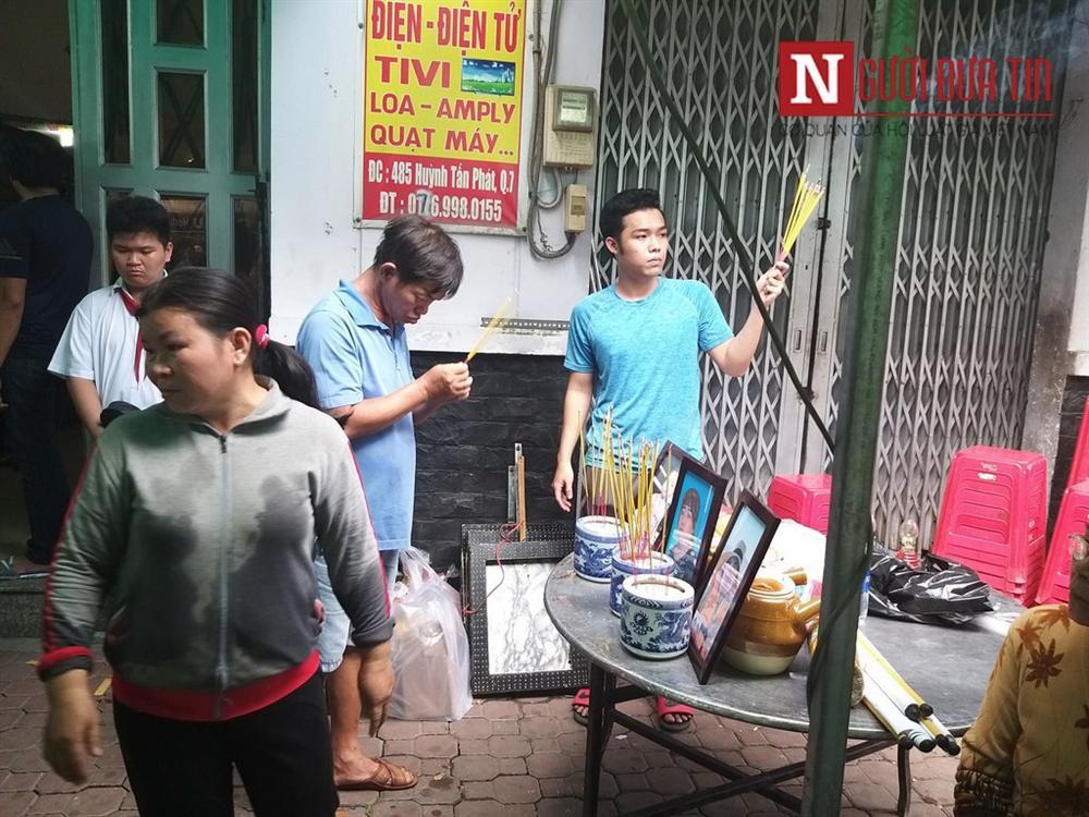 Vụ hỏa hoạn khiến 3 người tử vong tại TP.HCM: Đau lòng người mẹ ôm con tử vong cạnh người dì-4