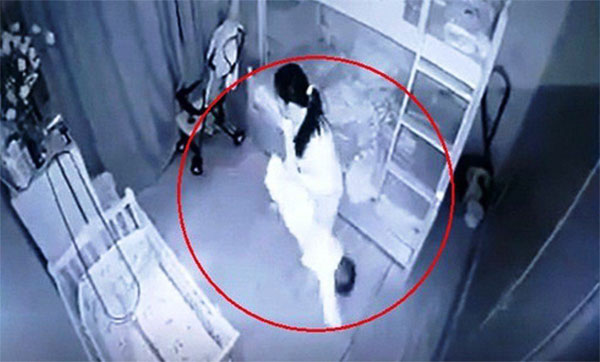 Tạm giữ nữ giúp việc dốc ngược, quăng đi quăng lại bé gái 13 tháng ở Nghệ An-1