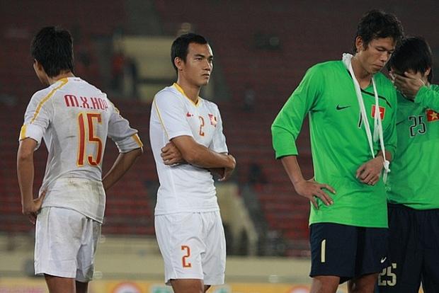 Tròn 10 năm HLV trưởng U23 Việt Nam bóp cổ thủ môn ở chung kết SEA Games: Khoảnh khắc ám ảnh vẫn chưa có lời giải-2
