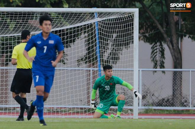 Tròn 10 năm HLV trưởng U23 Việt Nam bóp cổ thủ môn ở chung kết SEA Games: Khoảnh khắc ám ảnh vẫn chưa có lời giải-3