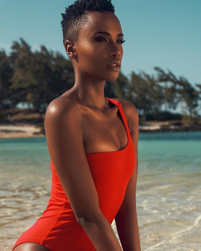 Chiêm ngưỡng loạt ảnh đời thường và background xịn của Tân Hoa hậu Hoàn vũ mới biết vì sao Hoàng Thùy lại bị người đẹp Nam Phi bỏ xa đến thế-7