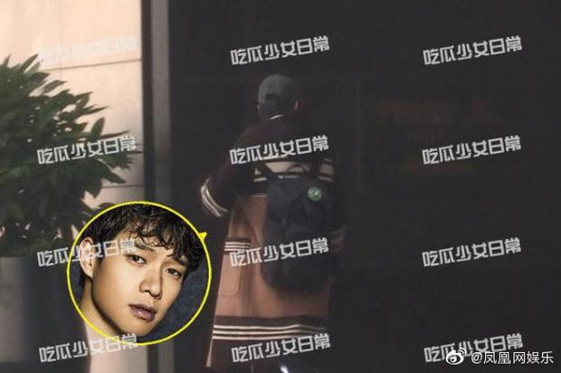 Paparazzi tóm sống Dương Mịch và tình trẻ vào khách sạn, 6 giờ sáng hôm sau mới lén lút đi ra-6