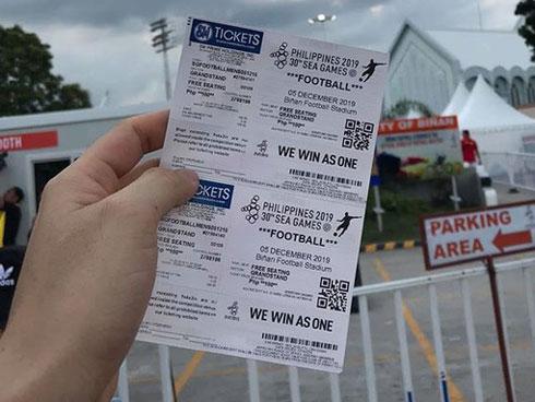 Mang hành vi phe vé đắt cắt cổ sang tận Philippines, một số người Việt khiến chính đồng bào của mình giận tím mặt trước thềm chung kết SEA Games 30