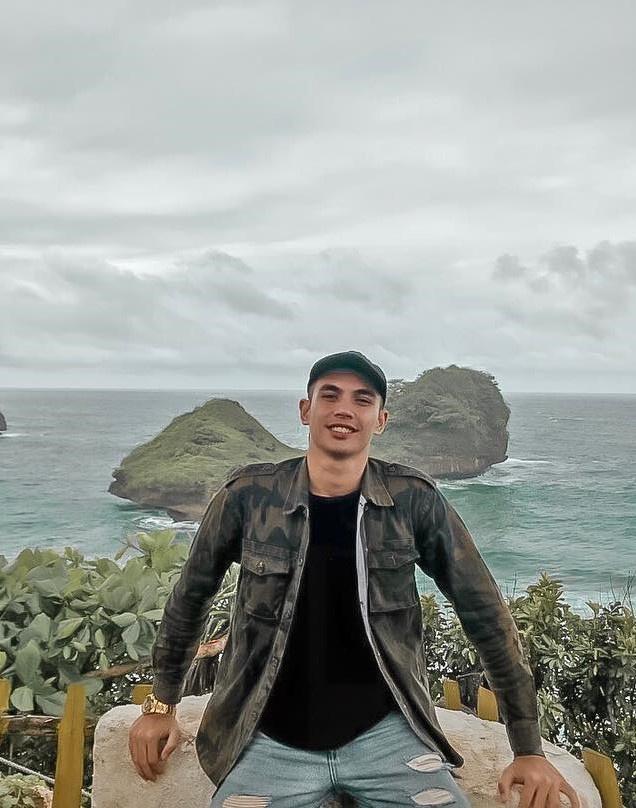Thủ môn U22 Indonesia được khen mặc đẹp dù toàn đồ giá rẻ-12